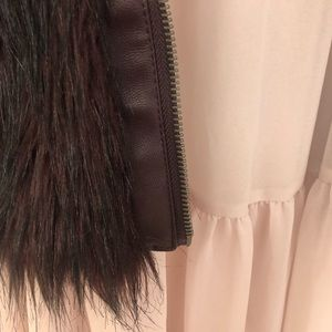 Willow & Clay Jackets & Coats - Willow & Clay Faux Fur Jacket (M)